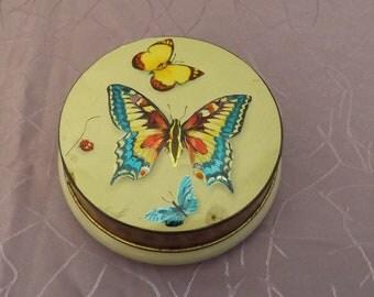 Papillons. Boite tôle. Old tin box. Coccinelle. Vintage. France