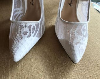 10/  White Lace Bridal Shoes / Lace Bridal Pumps  /  Open Toe Bridal Shoes / P Loves K/ Wedding Shoes / 10 / Gorgeous / Flocked Soles