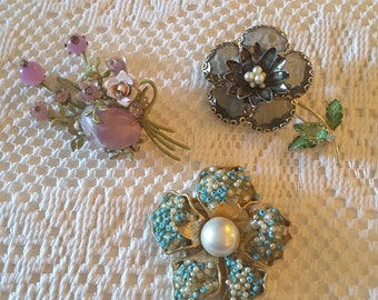 Vintage lot of 3 Floral Brooches  Capri / Rhinestones / Stones / Beads
