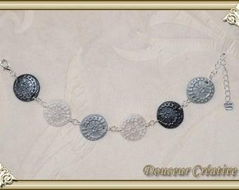 Bracelet black gray white medals 101003
