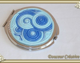 Mirror blue mother of Pearl spiral filigree 111002
