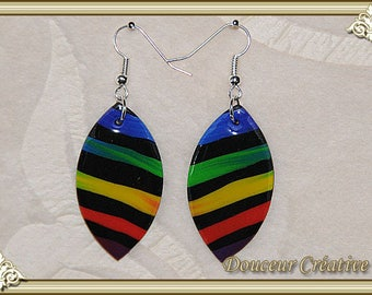 Black earrings with multicolored stripes 104038