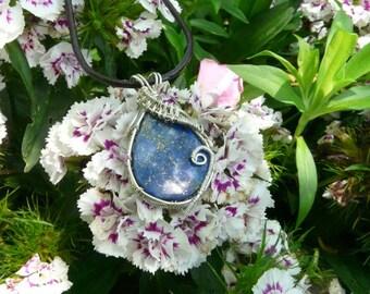 Lapis Lazuli wire wrapp pendant