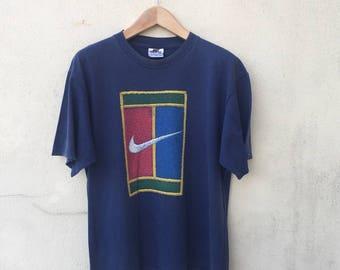 Vintage Nike Tshirt Classic Swoosh Logo