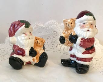 Santa Claus Salt and Pepper Shaker