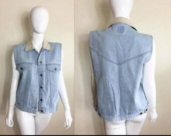 90s Vintage WOMEN'S Jean Jacket Vest - Size Large - Light Wash Denim