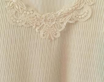 Vintage Joanna Plus women's white shirt. Free shipping