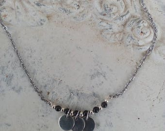 Very dainty Choker in stainless steel, Obsidian beads, sequins