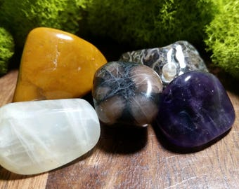 The Road Ahead - Crystal Set for Safe Travels