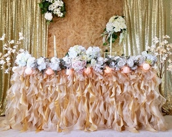 Shimmery Gold Curly Ruffle Tablecloth, Shimmery Curly sash tablecloth, Curly Ruffle Tablecloth, Ruffle Tablecloth