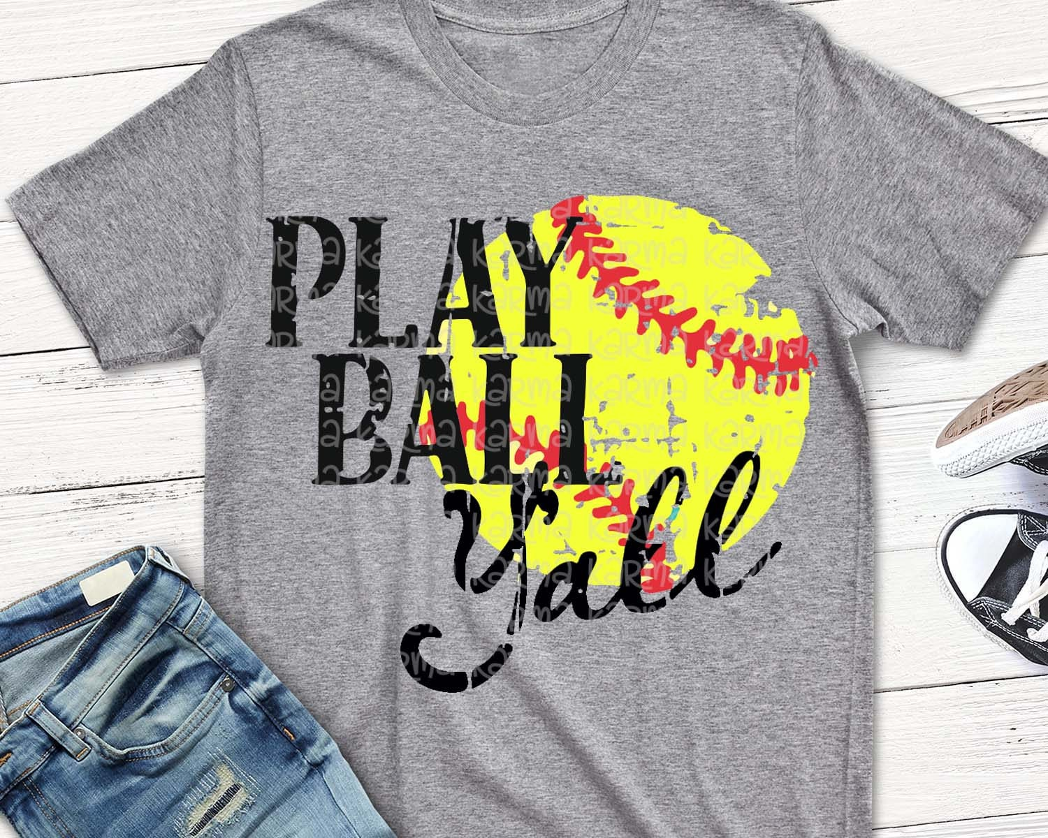 how to play softball Despite the popularity of women's basketball and soccer -- games men also play  with very similar rules -- baseball has failed to catch on as a.