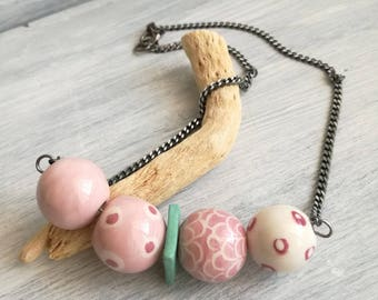 Ceramic beads necklace Pink/White/teal