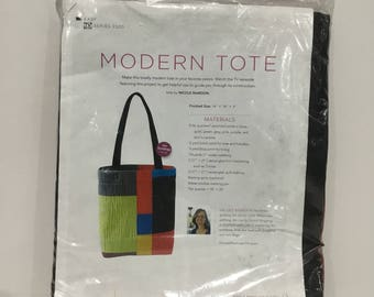 NEW Fons & Porter Modern Tote kit