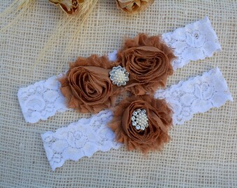 Brown / White Wedding Bridal Garter Set,  Bridal Garter Brown, Keep and Toss Garter,  Plus Size Garter, Whith Pearl Rhinestone Details, Set