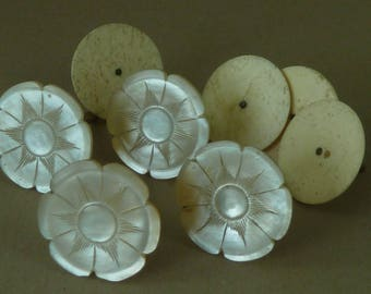4 Carved Mother of Pearl Sewing Silk Thread Spool Cotton Reel Holder MOP Antique