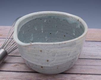 Handmade Ceramic Bowls, Ceramic Mixing Bowl, Pottery Bowl, Batter Bowls, Serving Bowl, Pouring Bowl