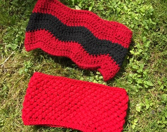 2 Pretty Crochet Cowls