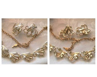 On Sale Vintage Sarah Coventry Silvertone Necklace and Earring Set