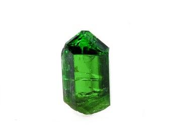 4.9ct Bright Green Tourmaline from Commander Mine, Nadonjukin, Tanzania 05