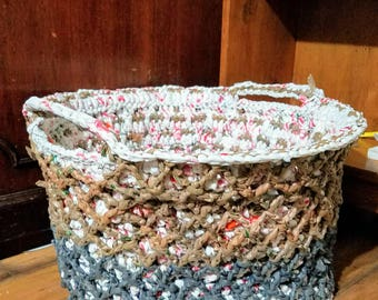 Large Plarn Basket