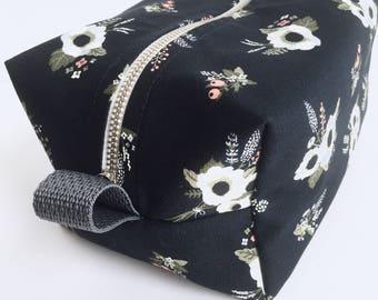 Cosmetic bag |Make-up Bag | Travel Bag | toiletries storage | pencil case |Bridesmaid gift | Floral Bag | Diaper Bag Accessory, grey, pink