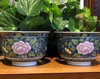 Pair of Andrea by Sadek bowls