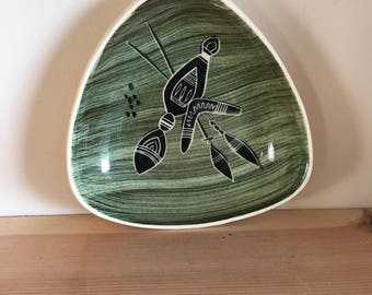 Interesting Vintage Triangular Indigenous Australian Pin Tray Display Green and Black