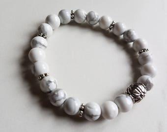 Howlite bead bracelet/Beaded bracelet/Healing stones