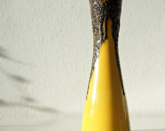 Vintage (70's) fat lava vase, yellow and black made by Fohr, West Germany