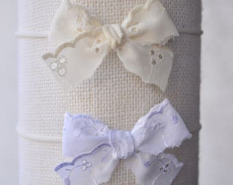 Vintage eyelet lace bows