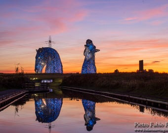 The Kelpies look just too good at sunset!