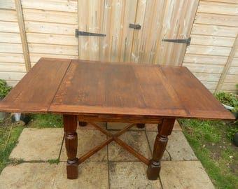Oak Draw Leaf Extending Table