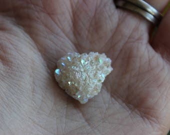 Angel aura druze, opal aura druze, druzy, jewlry making, crystals, gemstones, sparkle, angel aura, opal aura
