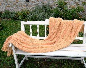 Cable Knit Blanket. Beige Throw Blanket. Hand Made Afghan. Wool Chunky Throw Blanket. Housewarming Gift. Wedding gift. Gift for Christmas.