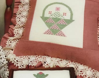 Vintage A Quilter's Delight II Counted Cross Stitch pattern leaflet 64