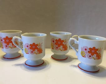 Set of 4 Floral Pedestal Coffee Mugs