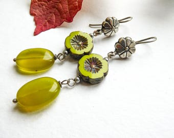 Lime and peridot Flower Earrings