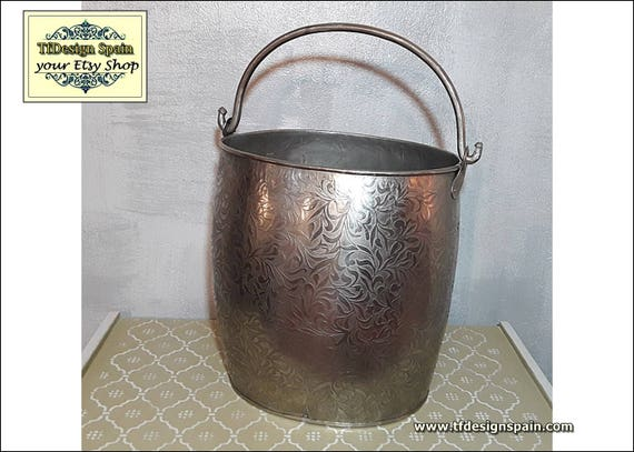 Metal bucket at home decor, Metal bucket design, Metal bucket decoration, Metal bucket oval, Metal bucket steel, Metal bucket for sale 34 cm