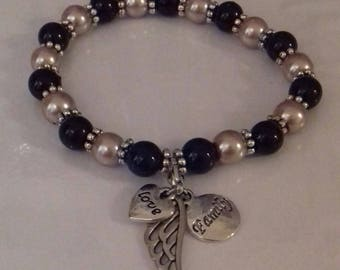 Angel wing, love and family stretch bead bracelet
