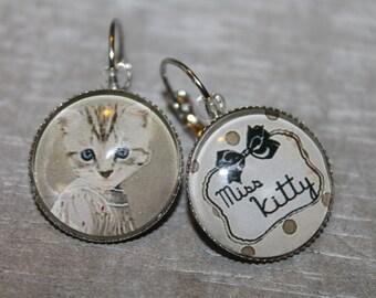 """Miss Kitty"" - Stud Earrings round silver metal"
