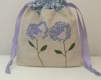 Knitting bag / knitting bags / crochet bag   project bag - ***hand embroidered*** hydrangea bag
