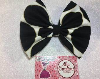 Sophisticated Spotty Dotty Bow.