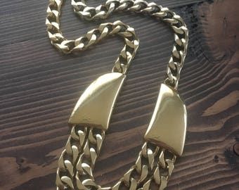 Vintage gold tone Trifari Necklace Statement Layers Chunky Chain