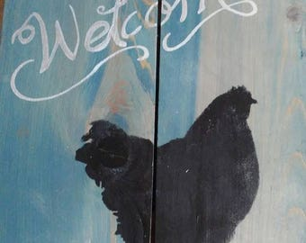 Black Chicken Welcome Wall Plaque on reclaimed pallet type wood