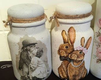 One Decoupage vintage 18cm glass jar
