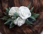 Bridal Hair Comb, White Hair Comb, Wedding Hair Accessories, Silk Hair Flowers, Flower Hair Clip, Flower Hair Pin, Rose Hair Accessories
