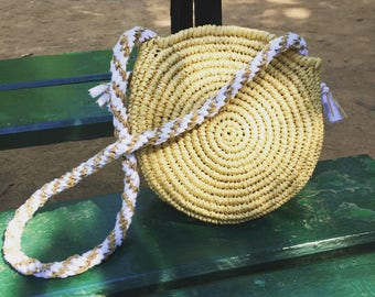 Round bag with raffia and white, Brown and gold braided shoulder strap