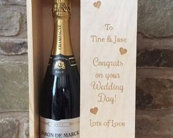 Personalised Wine Box, Wooden Wine Box Holder, Wine Box Holder, Wedding Gift, Gift for couple, Anniversary Gift, Birthday Gift, Wine Box