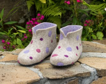 Gift for friend wool felted boots for home Pink Polka Dots slippers organic wool house shoes wool felt boots felted shoes comfy shoes