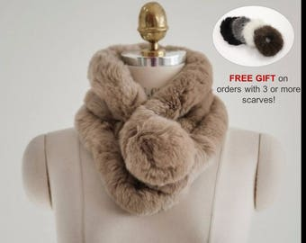 High Quality and Elegant Rabbit Fur Collar Scarf - warm and soft